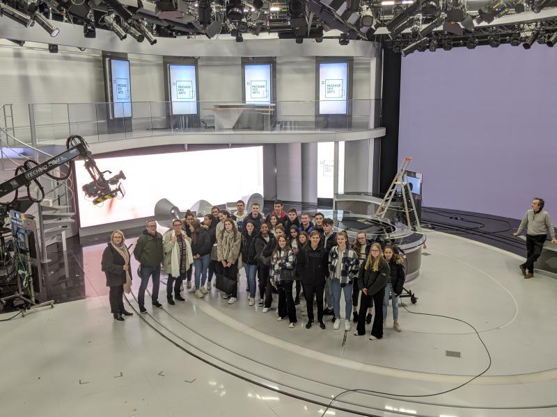 Dans le studio du 20H de France 2